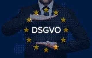 """DSGVO"" vor Europaflagge"
